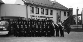 chronik_mannschaft_feuerwehrhaus_neu